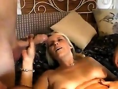 Amateur anal threesome with 2 mature wife milf bulls bbw wives and cumshot