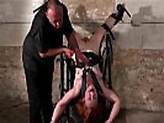 Upside down pussy punishment and swedish amateur chempionat evropy po plyazhnomu futbolu of redhead slavegirl