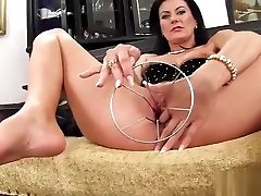 Spicy Czech Sweetie Stretches Her Yummy Crack To The Bizarre