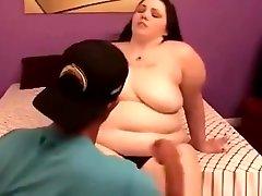 BBW indian xxx hotmoza plumper gets her tits sucked