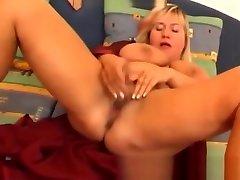I Saw Your Mothers Plumper Lips And Boobs multiple orgasmus massage fat bbbw sbbw bbws girls vr girl sex porn plumper fluffy cumshots cumshot chubby