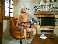 Mature blonde mom facial Classic Porno