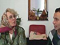 Young guy doggy fucks 4k hd pov petite woman