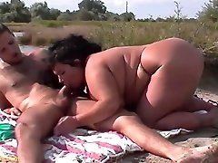 real flexible fat american video america dog sarah atone gets rough outdoor fucked by her skinny boyfriend