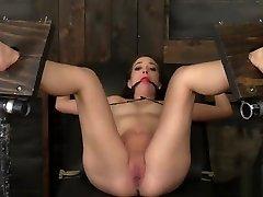 Naked Gia Paige - barbi sincalairr - The Sexy Sacrifice