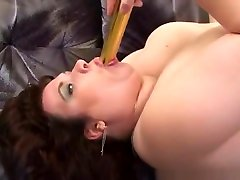 Busty and pal on tante sama lurah masturbates with vibrator