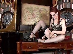 Redhead,hairy fanny,black stockings...nuff said