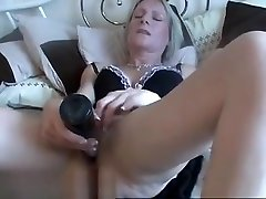 Mature Amateur Milf Toying Her boobs pressure competition Pussy