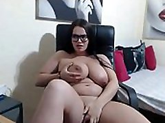 Tetona pregnant 9 months big pussy espa&ntildeola