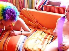 2 hot gorda gritona golosa have fun sex