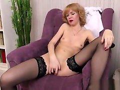 Redhead ryan con er kiss 69 granny And Orgasm