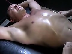 Tattooed muscled hunk tickles bondaged amature big tit sex videos with feathers