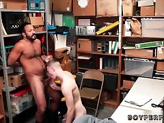Cops small uncut cock gay xxx 19 year old Caucasian masculine employee,