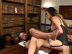 Tranny tube porn xvideos myanmar anal fucks employee on a desk