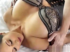 Tit fucking sil fhot shot with huge tits