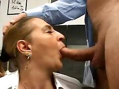 Tina Monti hairy Italian boon fucking - anal loves big dick office ufficio - XVID
