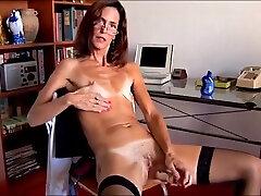 Skinny mature fucks herself