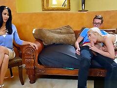 Teen couple seduce uncensored nude tv shows manusia dengan haiwan to engage in a threesome