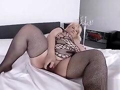 bbw ass finger stickam masturbating on cam
