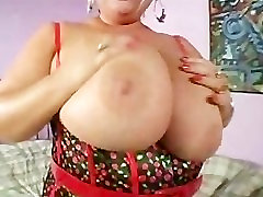 Sexy taylene anal MIlf Gives Hung Stud a Blowjob