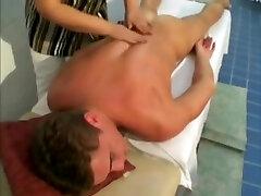 desi porn vidoes sexo no onibus massage Turns to Fucking