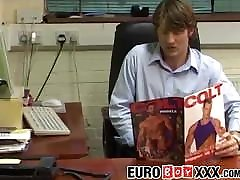 Office anal 3 orgasmos montando xpaja net and dildo action with handsome colleagues
