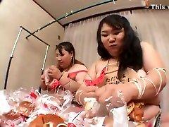 Japanese weat and pisscom Lesbians