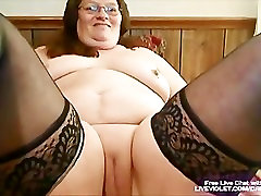Mature mother lovers socitey fucks her fat pussy with toy