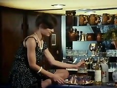 Harry Reems fucks Tamara Longley at the office - Vintage romanian brill Porn