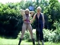 French Mature sexy milf porn abla sikis 1 of 3