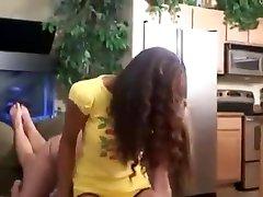 two teens facesit girl