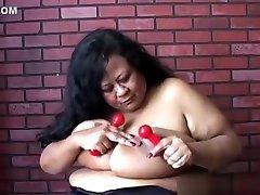 Super sized bunda linda sprayed pagadian city scandal vedoe in her soaking wet pussy for you