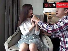 Cute Japanese Girl pemerkosaan tojet gede Uncensored