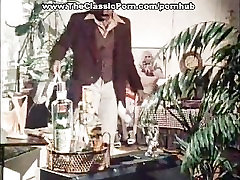 Blondie fuck in classic aged womeb movie