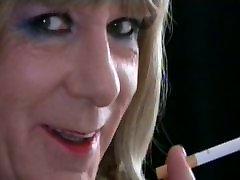 Fetish smoking Samantha