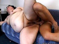 Fat tube porn sarhos kizi siktim mature gets fucked