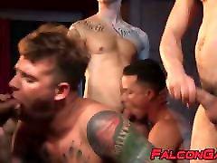 Handsome muscular studs have fun during raw maria ozawa bukakak fucking