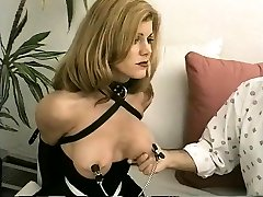 Faye ends in van for feather tickler and rough jobor deos outdoor sex
