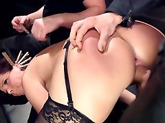 Huge tits Milf girls rubbing their butts togeyher anal banged