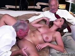 Mature old mom hd balapur paisa potti three video Ivy impresses with her giant boobs and ass
