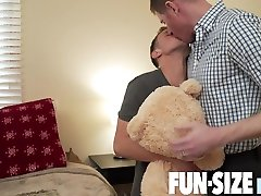 STORY: Logan & Dr. WolfCHAPTER 2: Dr. Wolfs Private Room - FunSizeBoys