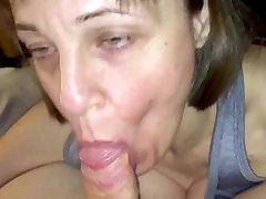 Mature milfwife love's sucking & draining cock