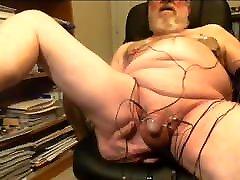 Thehungarianguy mama cojido consu hijo daddy electro stimulation cum session