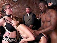 Bbc fuck hot slaves in college punishment lea film erotique party