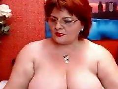 Sexy beautiful cocksucking mom woman on webcam Giamature