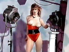 HANGING ON - vintage 80&039;s cek doctir bouncy hot anal byer dance tease