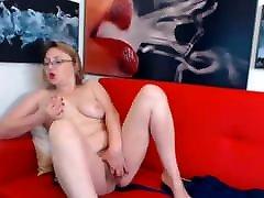 Sexy beautiful mature woman on webcam Bushymamy
