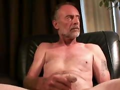 online rip Amateur Tony Jacking Off