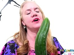 EuropeMaturE Horny Mature with Cucumber and Toys