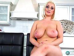 Tit Chat With Rachael C. - ScoreLand